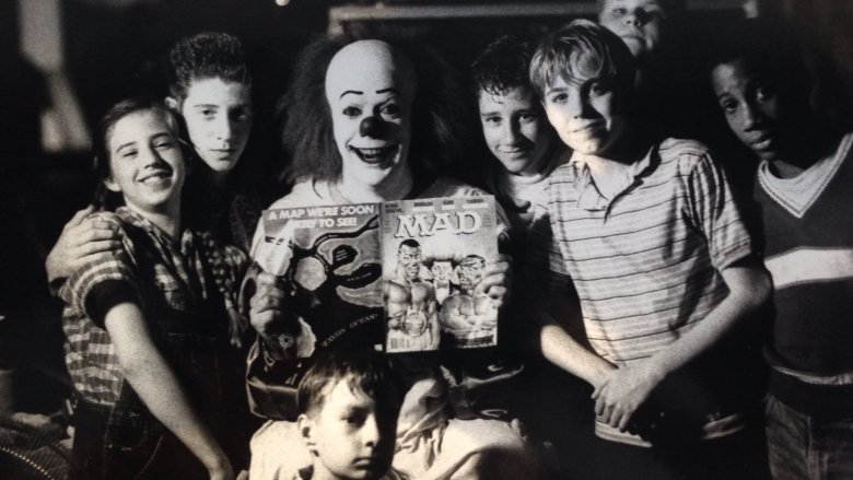 it 1990 set photo tim curry