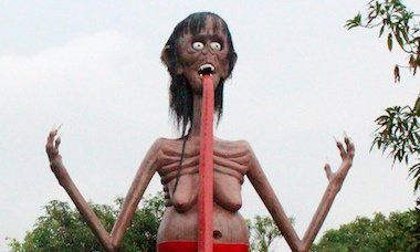 weirdest-statues-around-world