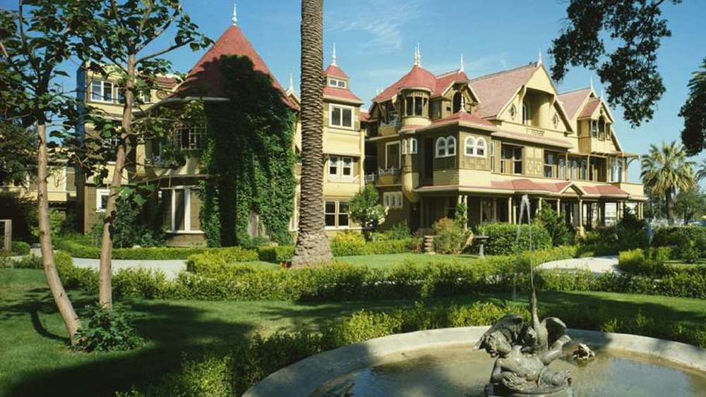 The Winchester Mystery House standing firm in 2004