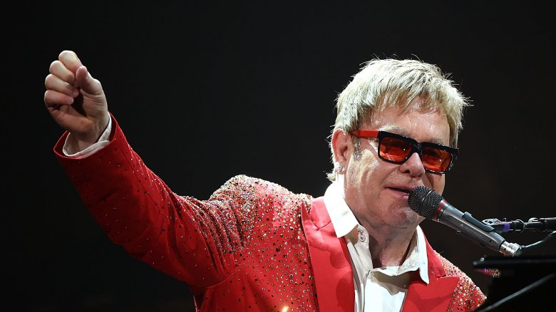 Elton John Christmas Outfit.The Untold Truth Of Elton John