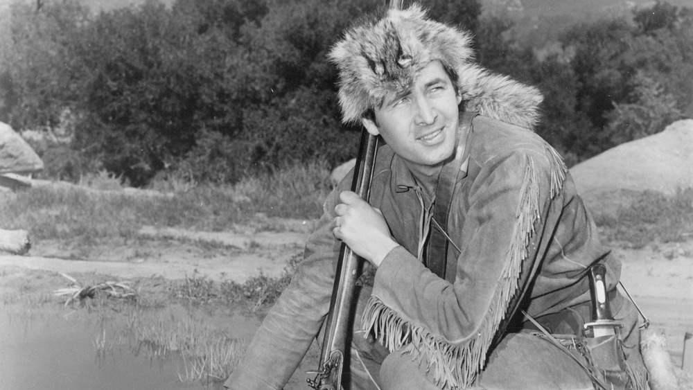 Actor Fess Parker as Davy Crockett in Davy Crockett and the River Pirates (1956)