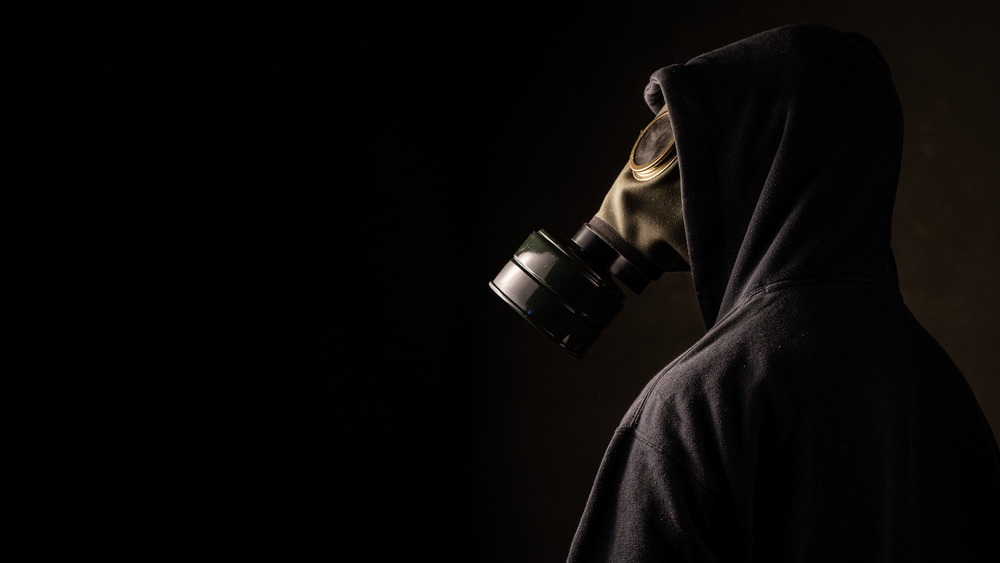 Person in a gasmask