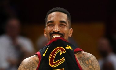 greatest-sports-bloopers-2018-jr-smith-cavs